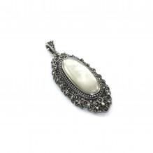 Stylowy wisior srebrny z markazytami