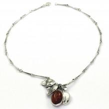 Naszyjnik srebrny z naturalnym bursztynem